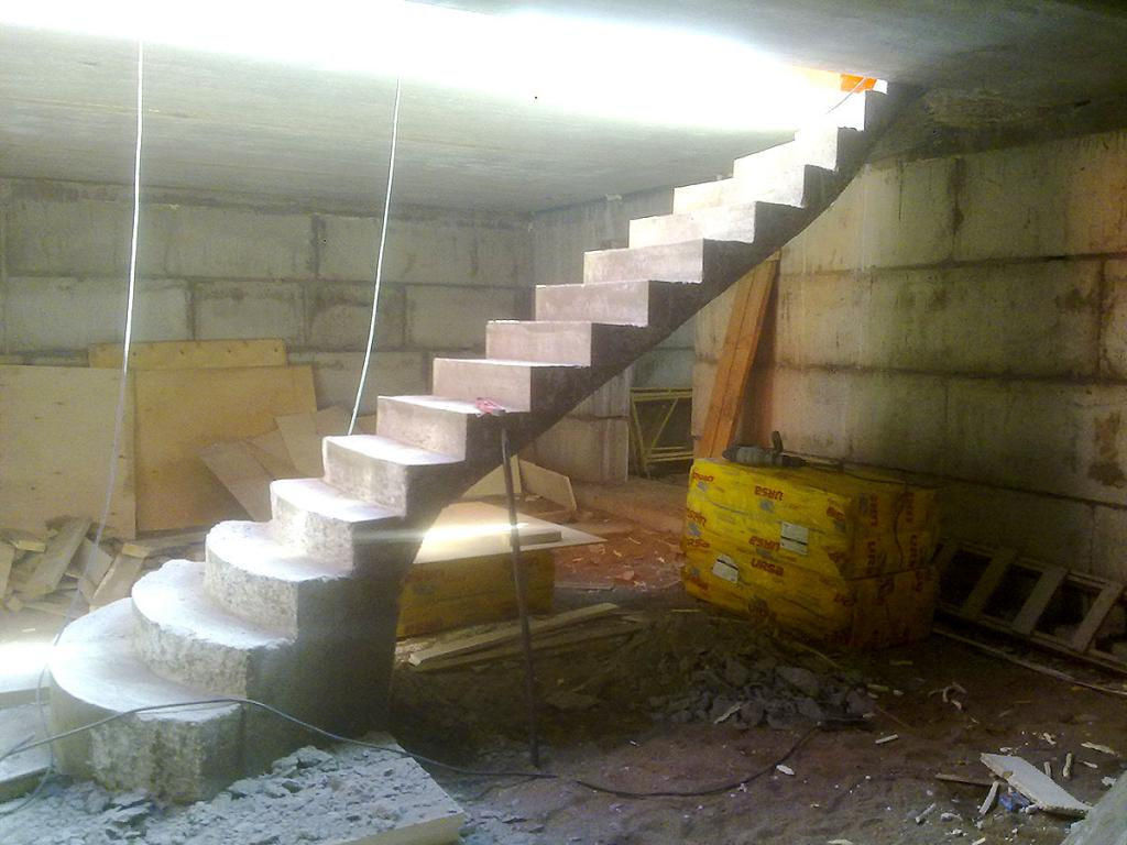Железобетонная лестница Псков