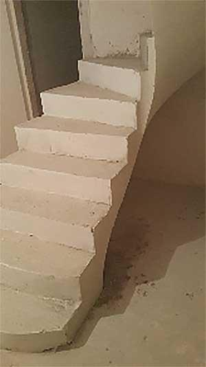 Железобетонная лестница в квартире